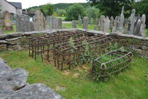 logirait-churchyard-40